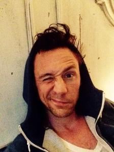 tom hiddleston-wakeupcall