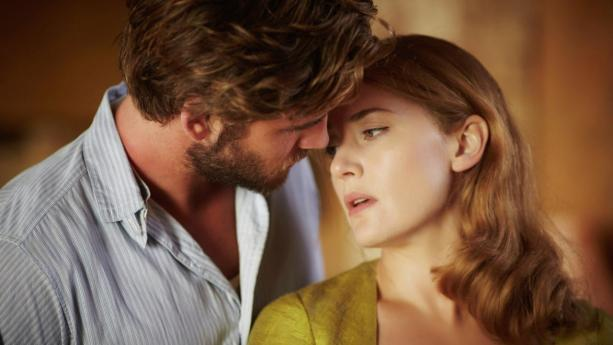 Liam Hemsworth e Kate Winslet